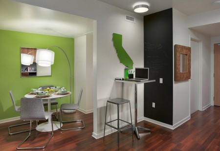 Poze Living - Accente de culoare intr-un interior modern