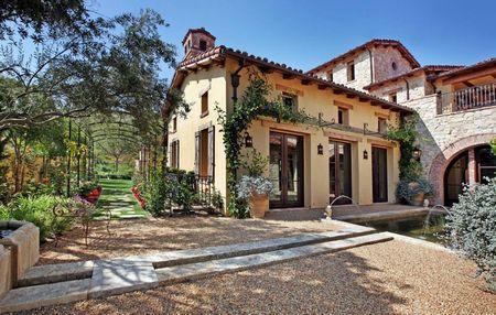 Poze Fatade - Casa si amenajare exterioara in stil mediteranean