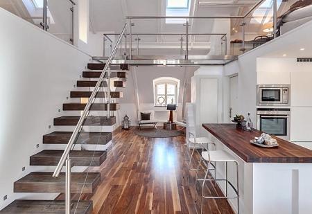Poze Scari - Scara cu trepte in consola intr-un apartament situat la mansarda unui imobil