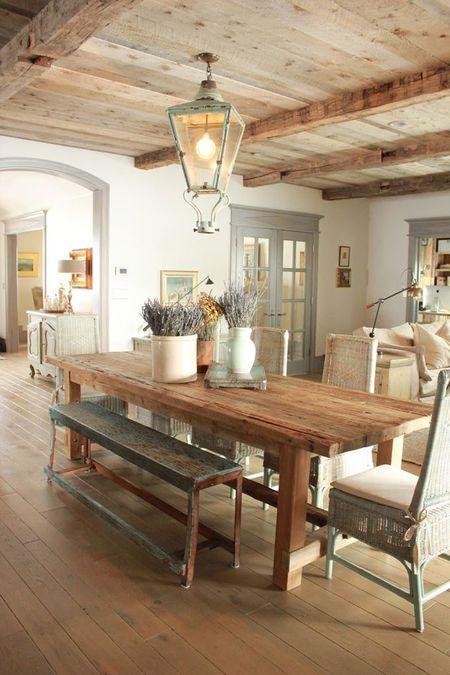 Poze Sufragerie - Stilul rustic induce o stare de calm si relaxare