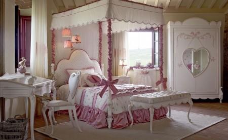 Poze Dormitor - Alb si roz intr-un dormitor demn de o adevarata printesa