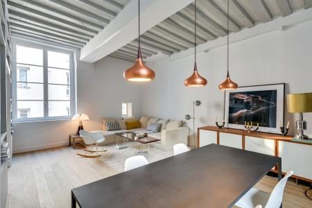 Poze Living - Living modern intr-un mic apartament parizian