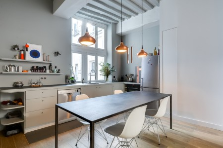 Poze Bucatarie - Bucatarie moderna intr-un apartament parizian