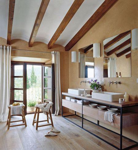 Poze Baie - baie-moderna-lemn-piatra-1.jpg