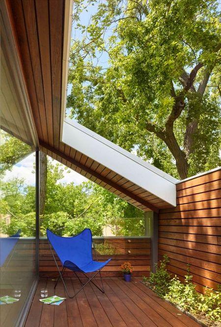 Poze Balcon - balcon-mansarda-casa-verde-moderna.jpg