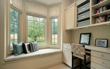 Poze Birou si biblioteca - bancuta-fereastra-bovindou-birou.jpg