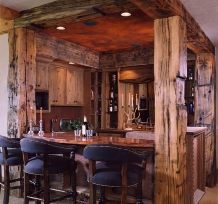 Poze Bar - Barul rustic al unei case de vacanta la munte