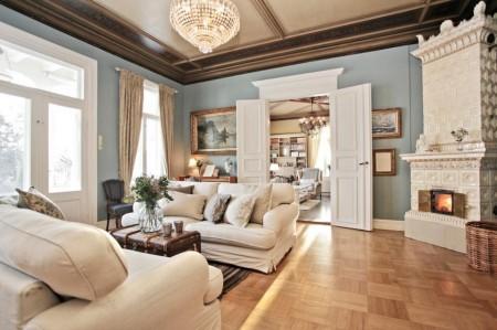 Poze Living - Living clasic cu soba din placi de portelan