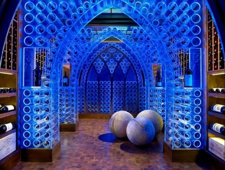 Poze Crama si pivnita - Crama de vinuri moderna, cu elemente arhitecturale gotice