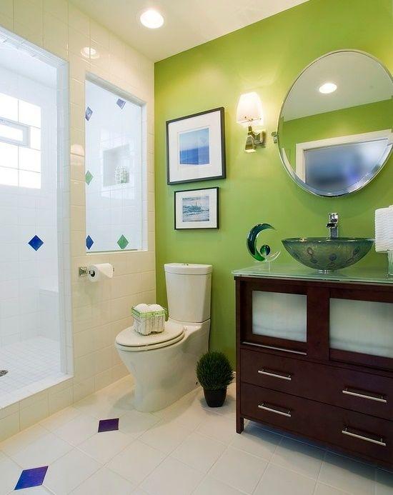 Verde intr-o baie moderna