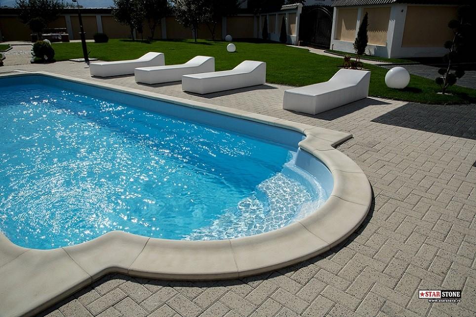 Detaliile secretul unei amenajari exterioare perfecte for Amenajari piscine exterioare