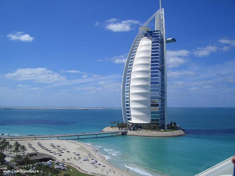 Hotelul Burj Al Arab din Dubai