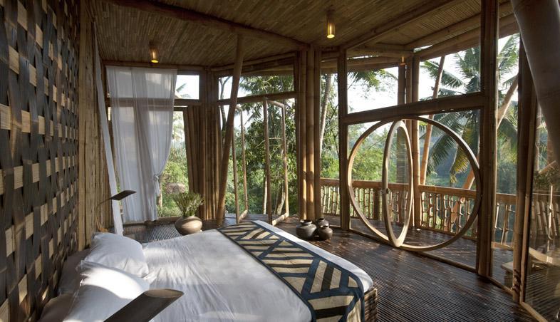 Dormitor amenajat din lemn de bambus