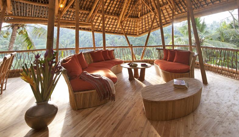 Imagini terasa casa din bambus, Satul Verde, Bali