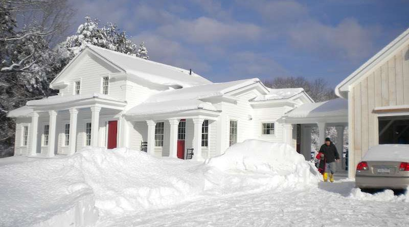 O casa alba ca zapada