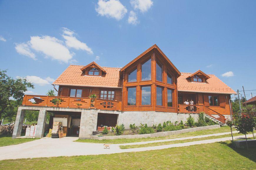 Casa lemn masiv