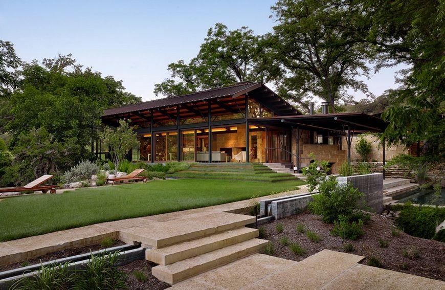 Amenajare exterioara casa moderna for Casa moderna exterior
