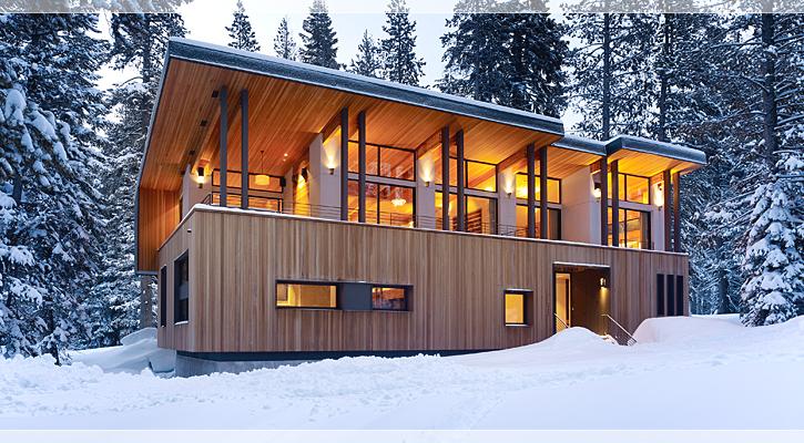 Casa la munte cu zona de zi la etaj