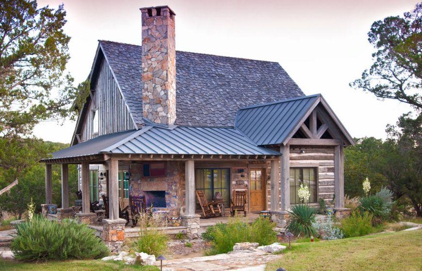 Casa din lemn la tara