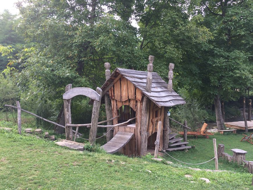 Casuta copii din lemn de salcam