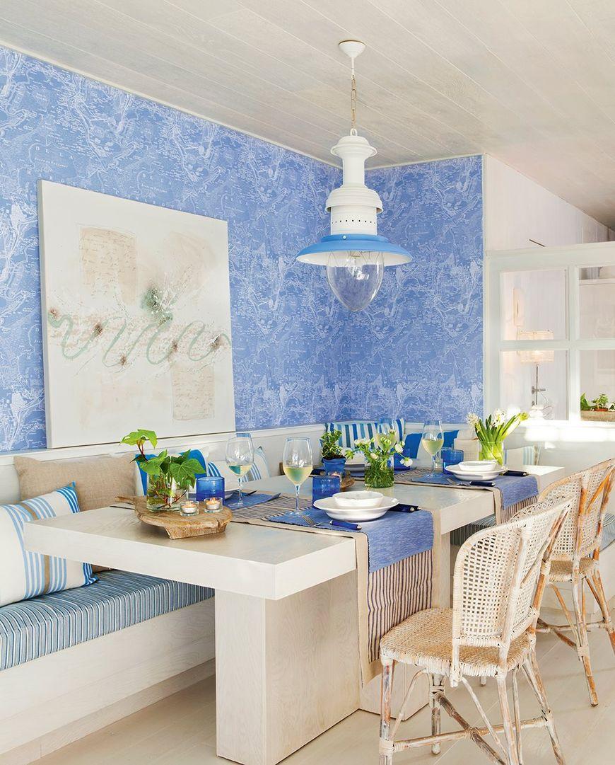 Albastrul in sufragerie