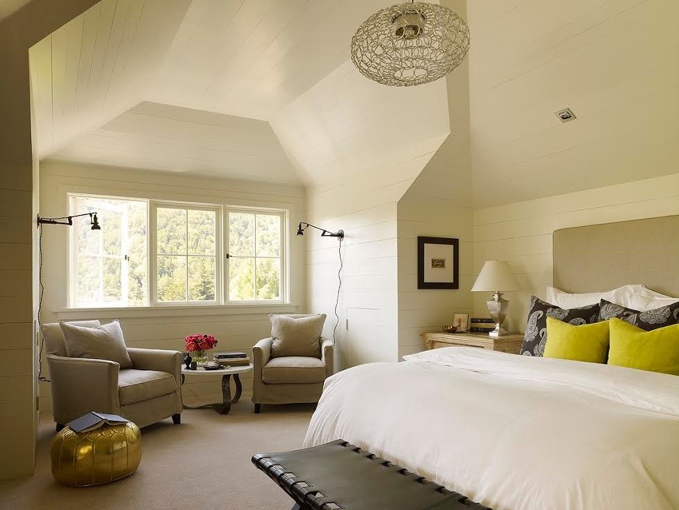 Dormitor clasic mansarda