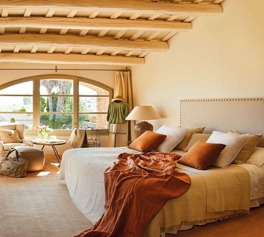Dormitor casa in stil mediteranean