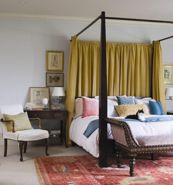 Dormitorul clasic - initim si elegant