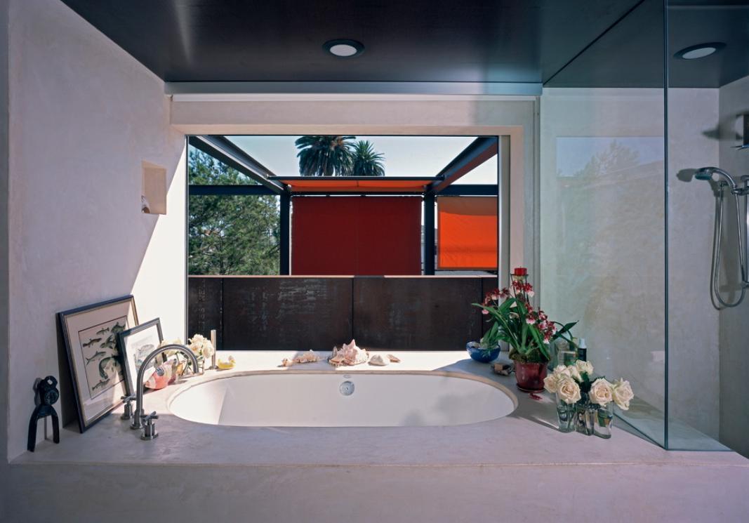 Imagine amenajare baie moderna, Palms Residence, Ehrlich Architects