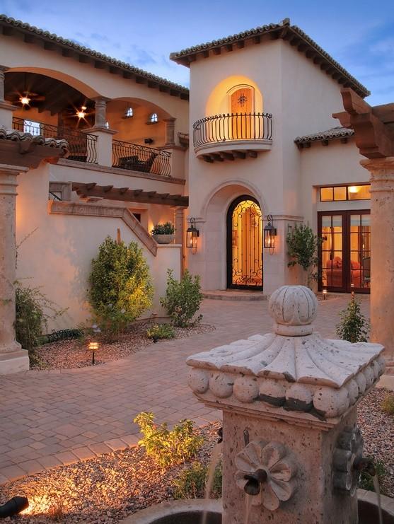 Fatada casa stilul mediteranean