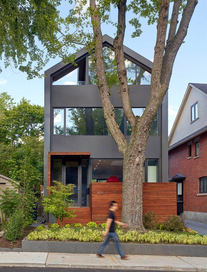 Fatada principala casa moderna