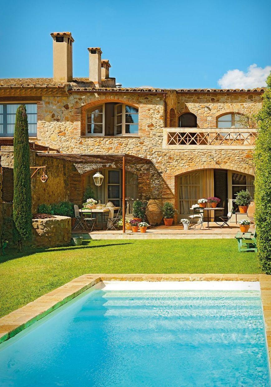 Casa in stil mediteranean