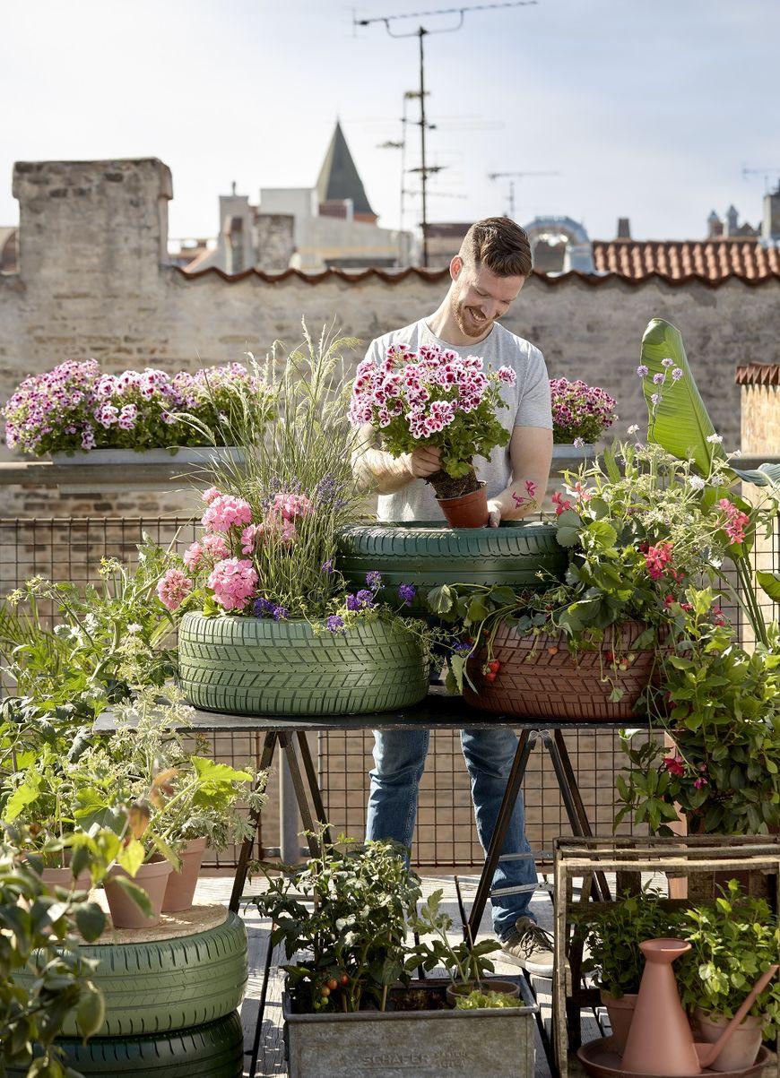 Jardiniere din anvelope uzate