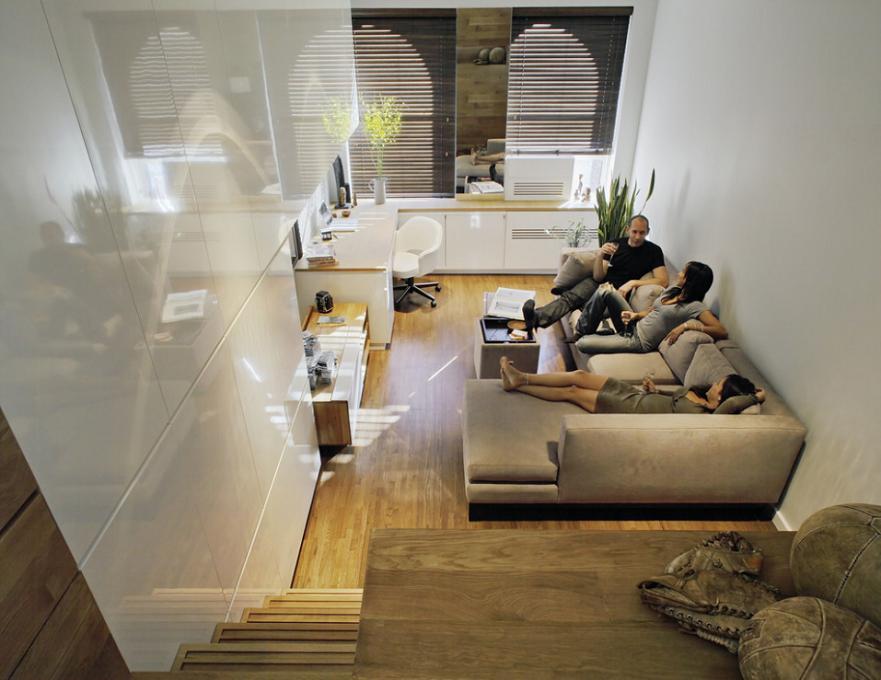 Living modern incluzand si o zona de studiu