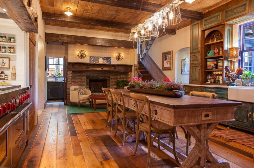 Te fascineaza mobila si decoratiunile vechi? Decoreaza-ti casa in stil traditional!