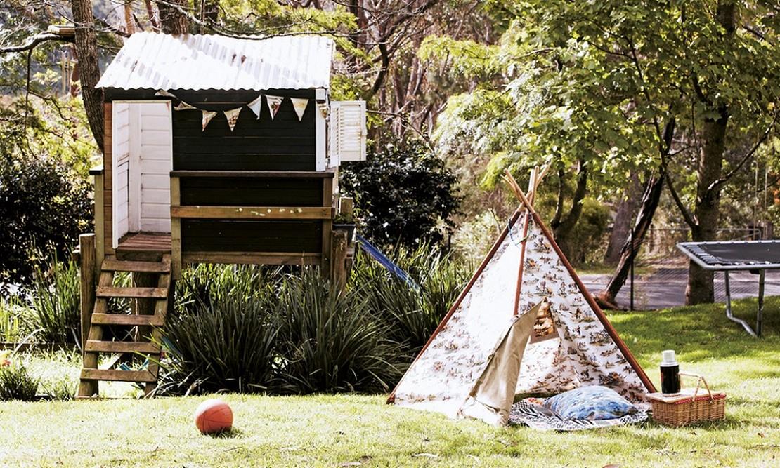 La joaca sau la picnic in gradina