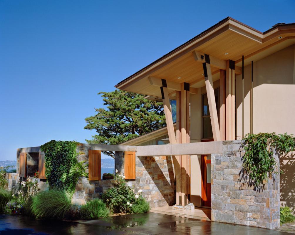 Imagine fatada Marin Residence, Sutton Suzuki