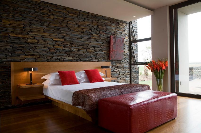 Piatra naturala in dormitor modern