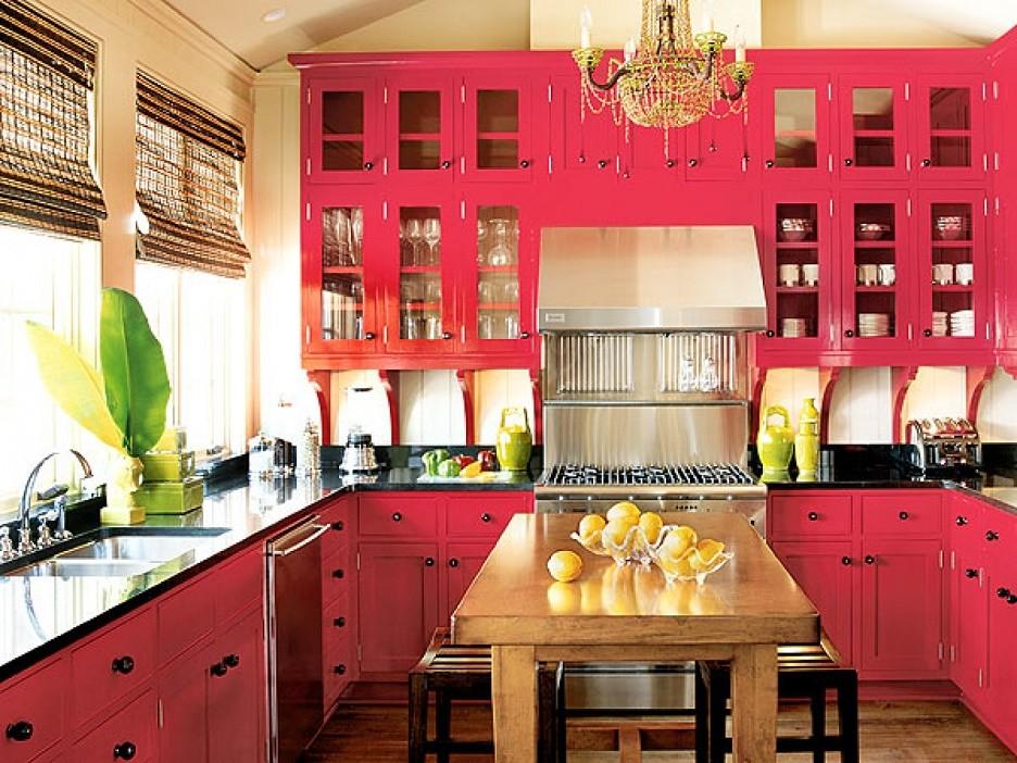 Mobila bucatarie rosie