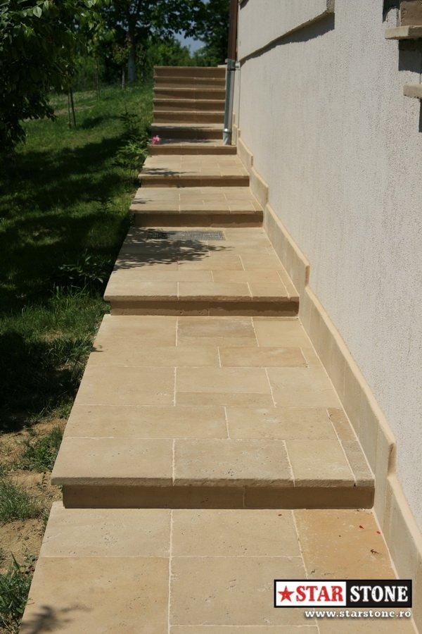 Pavaje trotuar in trepte din dale beton travertin