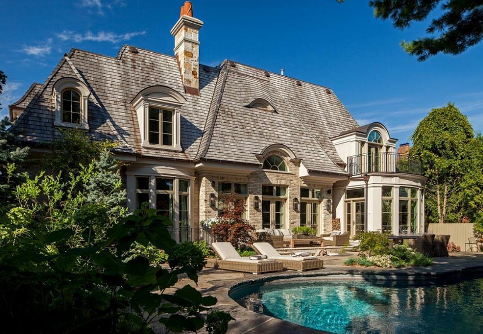Casa in stil francez