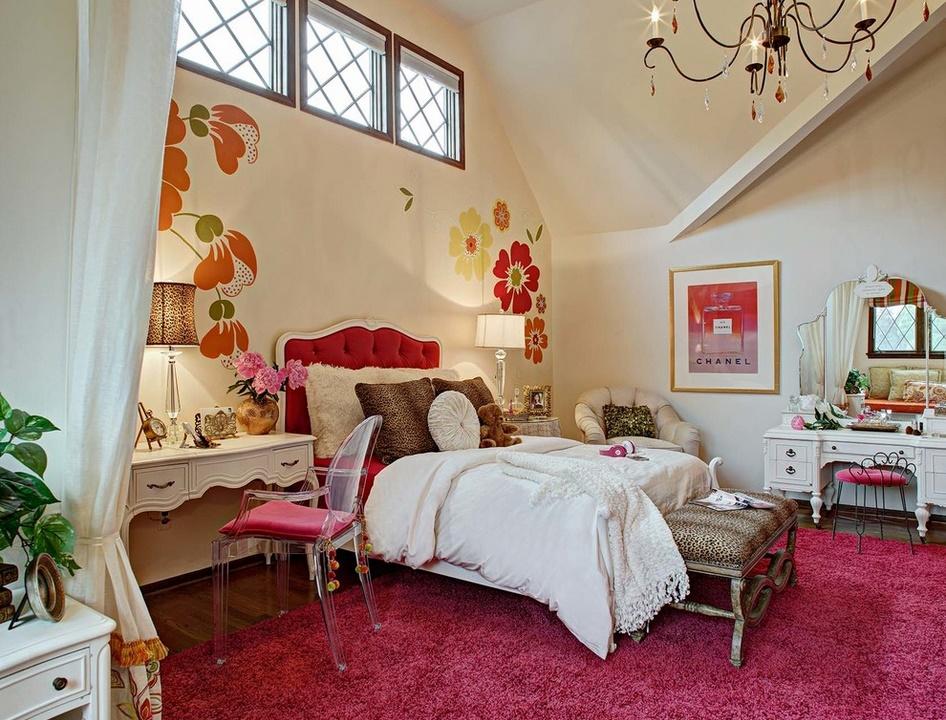 Un dormitor pe placul reprezentantelor sexului frumos