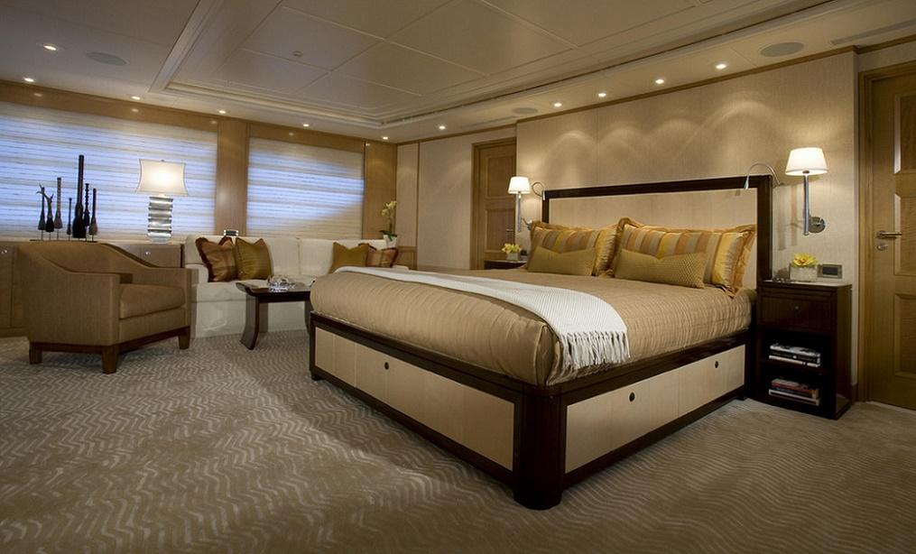 Dormitorul unui yacht