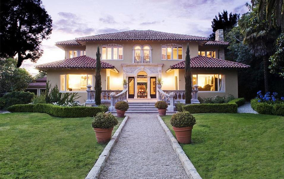 O casa in stil mediteranean