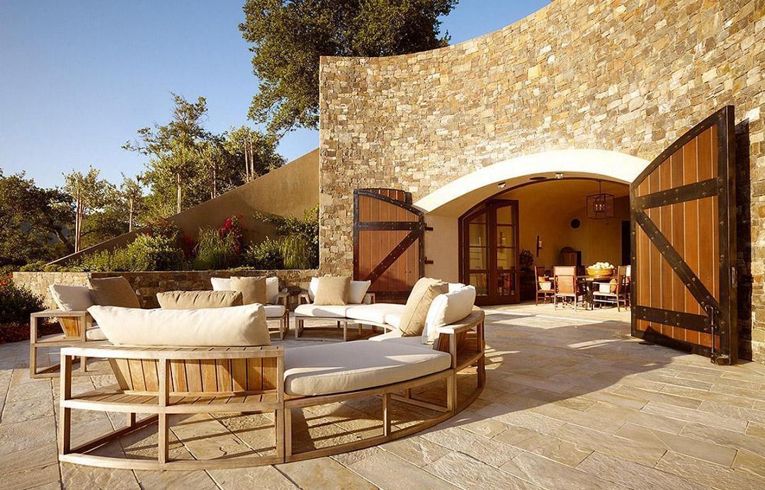 Amenajare terasa, intrare crama Soda Canyon Residence, BAR Architects