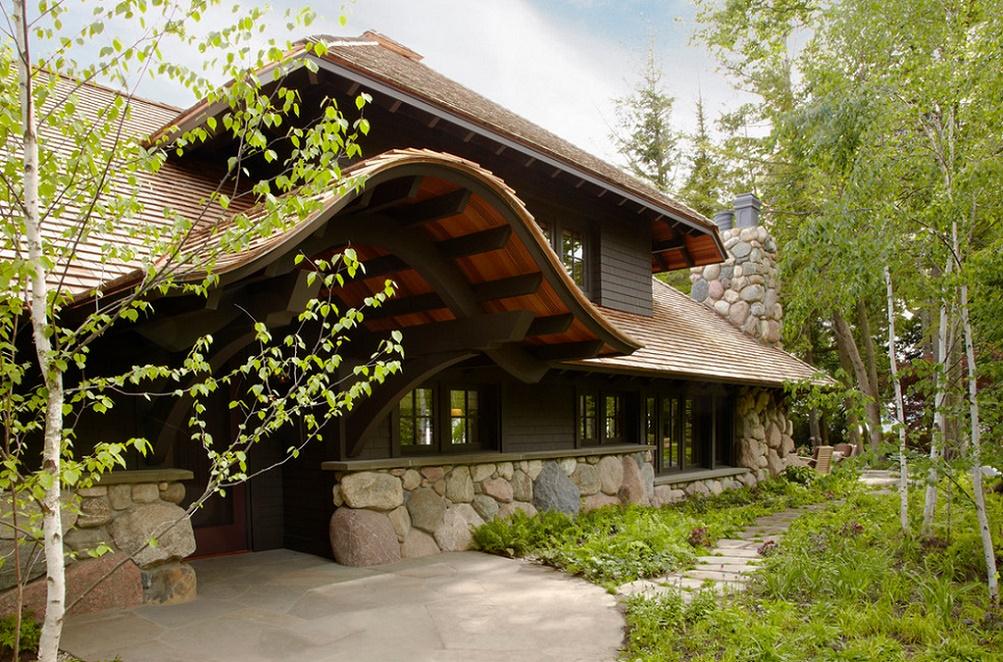 Casa de vacanta din lemn si piatra masiva