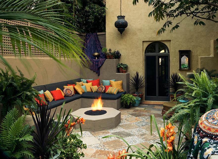 Amenajare curte interioara in stil mediteranean