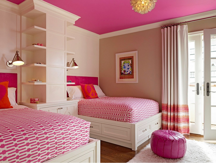 Camera pentru doua fetite