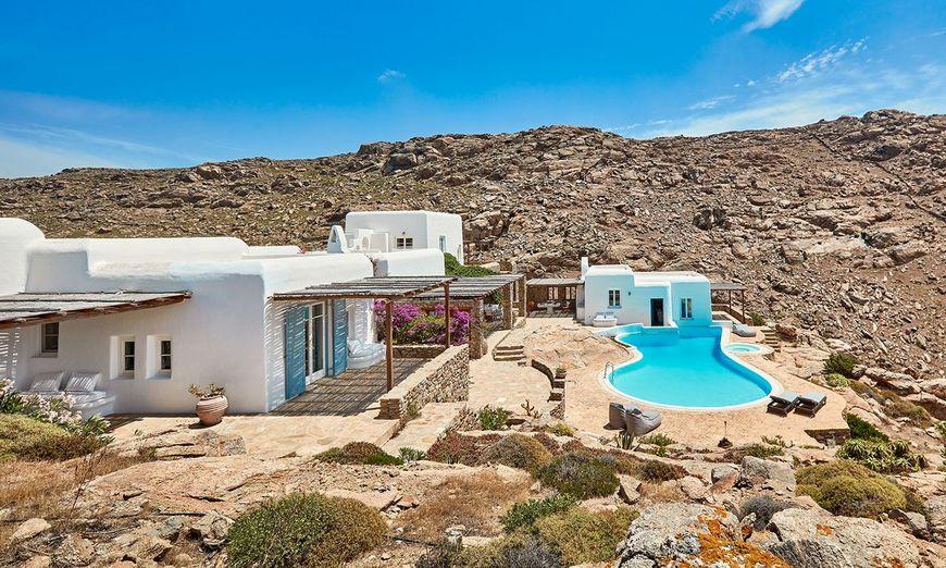 Casa mediteraneana in stil traditional grecesc.