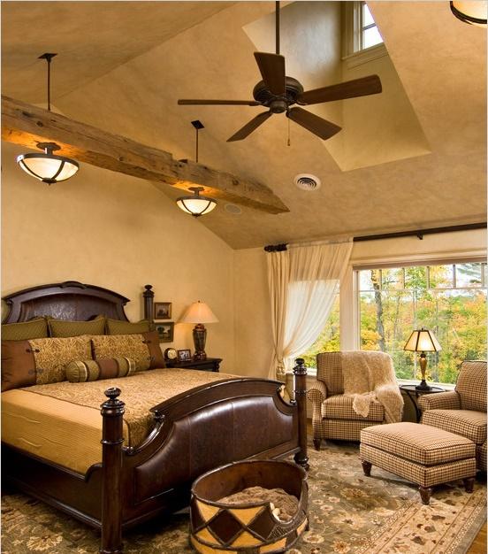 Dormitor clasic cu vedere inspre padure